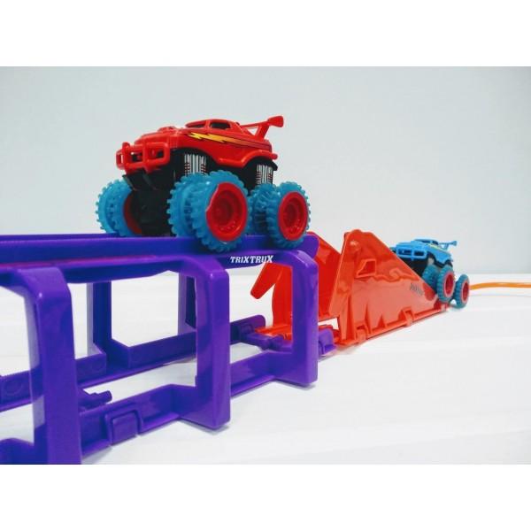 Машинка Trix Trux - 1 машинка трюковая трасса