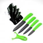 Набор керамических ножей и овощечистка на подставке