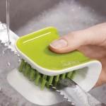 Щетка для столовых приборов и ножей Cleaning brush